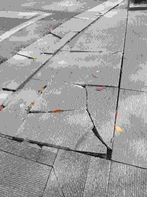 大理石损坏